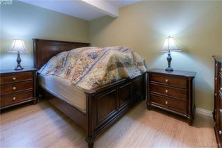 Photo 17: 104 1875 Lansdowne Rd in VICTORIA: SE Camosun Condo Apartment for sale (Saanich East)  : MLS®# 777173