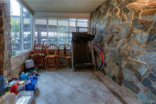 Photo 13: 104 1875 Lansdowne Rd in VICTORIA: SE Camosun Condo Apartment for sale (Saanich East)  : MLS®# 777173