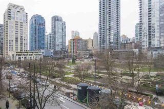 "Photo 12: 410 488 HELMCKEN Street in Vancouver: Yaletown Condo for sale in ""Robinson Tower"" (Vancouver West)  : MLS®# R2239699"