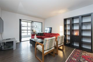 "Photo 4: 410 488 HELMCKEN Street in Vancouver: Yaletown Condo for sale in ""Robinson Tower"" (Vancouver West)  : MLS®# R2239699"