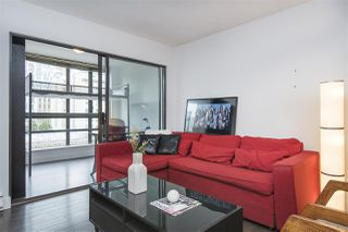 "Photo 5: 410 488 HELMCKEN Street in Vancouver: Yaletown Condo for sale in ""Robinson Tower"" (Vancouver West)  : MLS®# R2239699"