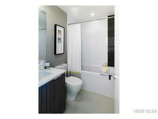 Photo 4: 905 728 Yates Street in VICTORIA: Vi Downtown Residential for sale (Victoria)  : MLS®# 345984