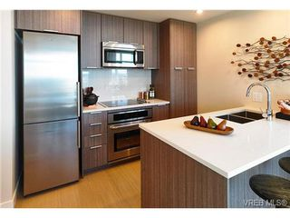 Photo 6: 905 728 Yates Street in VICTORIA: Vi Downtown Residential for sale (Victoria)  : MLS®# 345984