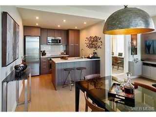 Photo 5: 905 728 Yates Street in VICTORIA: Vi Downtown Residential for sale (Victoria)  : MLS®# 345984