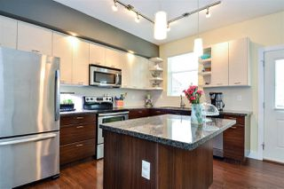 Photo 2: 160 6299 144 ST in Surrey: Sullivan Station Townhouse for sale : MLS®# R2242159
