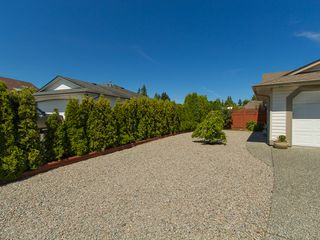 Photo 3: 41 Magnolia Drive in Parksville: House for sale : MLS®# 395580
