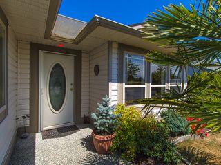 Photo 2: 41 Magnolia Drive in Parksville: House for sale : MLS®# 395580