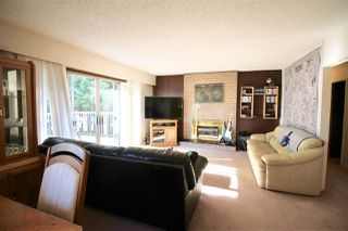 Photo 4: 1667 SCARBOROUGH Crescent in Port Coquitlam: Mary Hill House for sale : MLS®# R2257414