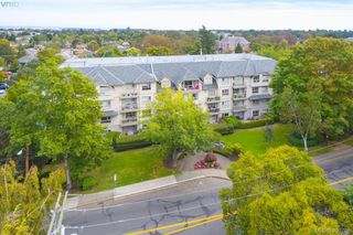 Photo 19: 402 1715 Richmond Road in VICTORIA: Vi Jubilee Condo Apartment for sale (Victoria)  : MLS®# 390708