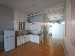 Photo 2: 318 1529 W 6TH Avenue in Vancouver: False Creek Condo for sale (Vancouver West)  : MLS®# R2264614