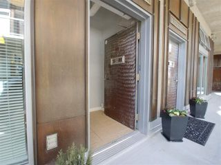 Photo 5: 318 1529 W 6TH Avenue in Vancouver: False Creek Condo for sale (Vancouver West)  : MLS®# R2264614