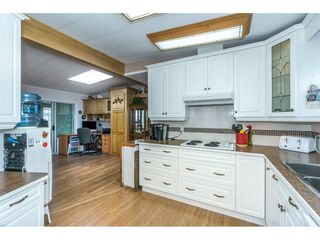 "Photo 2: 178 3665 244 Street in Langley: Otter District Manufactured Home for sale in ""LANGLEY GROVE ESTATES"" : MLS®# R2272680"