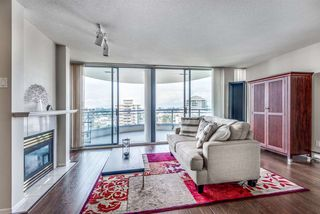 "Photo 3: 1701 719 PRINCESS Street in New Westminster: Uptown NW Condo for sale in ""Stirling Place"" : MLS®# R2302246"