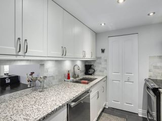 "Photo 9: 1004 6595 WILLINGDON Avenue in Burnaby: Metrotown Condo for sale in ""HUNTLY MANOR"" (Burnaby South)  : MLS®# R2306640"