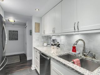 "Photo 11: 1004 6595 WILLINGDON Avenue in Burnaby: Metrotown Condo for sale in ""HUNTLY MANOR"" (Burnaby South)  : MLS®# R2306640"