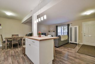 """Photo 4: 1008 10620 150 Street in Surrey: Guildford Condo for sale in """"LINCOLN'S GATE"""" (North Surrey)  : MLS®# R2308067"""