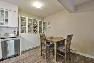 """Photo 7: 1008 10620 150 Street in Surrey: Guildford Condo for sale in """"LINCOLN'S GATE"""" (North Surrey)  : MLS®# R2308067"""