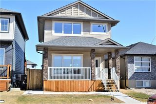 Photo 1: 282 Kloppenburg Way in Saskatoon: Evergreen Residential for sale : MLS®# SK748044