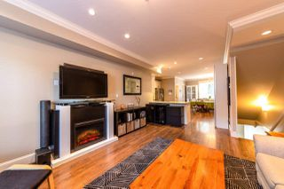 "Photo 5: 310 SEYMOUR RIVER Place in North Vancouver: Seymour NV Townhouse for sale in ""The Latitudes"" : MLS®# R2333638"