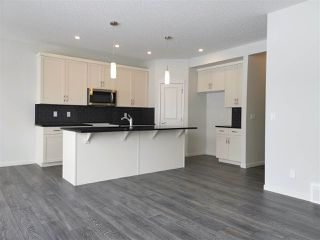 Photo 8: 933 MCCONACHIE Boulevard in Edmonton: Zone 03 House for sale : MLS®# E4143112