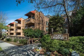 """Main Photo: PH2 1435 NELSON Street in Vancouver: West End VW Condo for sale in """"The Westport"""" (Vancouver West)  : MLS®# R2354210"""