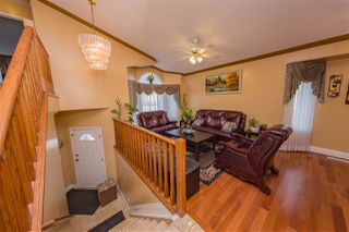 Photo 4: 4204 33 Avenue in Edmonton: Zone 29 House for sale : MLS®# E4149934