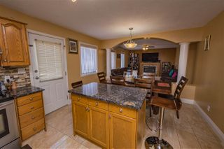 Photo 8: 4204 33 Avenue in Edmonton: Zone 29 House for sale : MLS®# E4149934