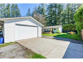 Photo 18: 3905 208 STREET in Langley: Brookswood Langley House for sale : MLS®# R2361826