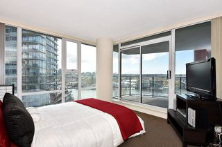 "Photo 15: 1203 455 BEACH Crescent in Vancouver: Yaletown Condo for sale in ""PARK WEST ONE"" (Vancouver West)  : MLS®# R2362435"
