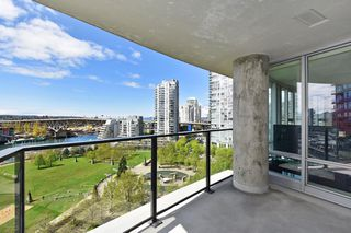 "Photo 4: 1203 455 BEACH Crescent in Vancouver: Yaletown Condo for sale in ""PARK WEST ONE"" (Vancouver West)  : MLS®# R2362435"
