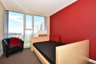 "Photo 18: 1203 455 BEACH Crescent in Vancouver: Yaletown Condo for sale in ""PARK WEST ONE"" (Vancouver West)  : MLS®# R2362435"