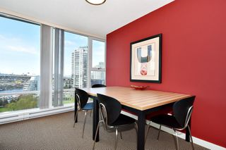 "Photo 10: 1203 455 BEACH Crescent in Vancouver: Yaletown Condo for sale in ""PARK WEST ONE"" (Vancouver West)  : MLS®# R2362435"