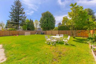 Photo 17: 300 LEROY Street in Coquitlam: Central Coquitlam House for sale : MLS®# R2367290