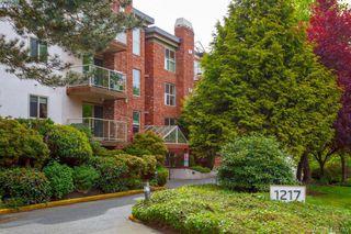 Photo 1: 101 1217 Pandora Avenue in VICTORIA: Vi Downtown Condo Apartment for sale (Victoria)  : MLS®# 410789