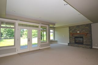 """Photo 14: 3933 COACHSTONE Way in Abbotsford: Abbotsford East House for sale in """"CREEKSTONE ON THE PARK"""" : MLS®# R2371225"""