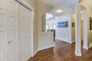 Photo 2: 8524 18 Avenue in Edmonton: Zone 53 House for sale : MLS®# E4159065