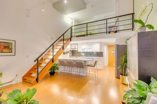 "Photo 11: 404 933 SEYMOUR Street in Vancouver: Downtown VW Condo for sale in ""THE SPOT"" (Vancouver West)  : MLS®# R2374905"