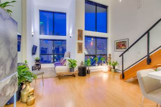 "Photo 3: 404 933 SEYMOUR Street in Vancouver: Downtown VW Condo for sale in ""THE SPOT"" (Vancouver West)  : MLS®# R2374905"