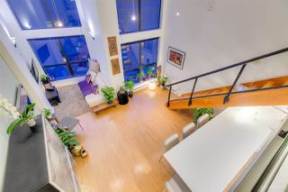 "Photo 5: 404 933 SEYMOUR Street in Vancouver: Downtown VW Condo for sale in ""THE SPOT"" (Vancouver West)  : MLS®# R2374905"