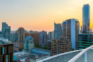 "Photo 17: 404 933 SEYMOUR Street in Vancouver: Downtown VW Condo for sale in ""THE SPOT"" (Vancouver West)  : MLS®# R2374905"