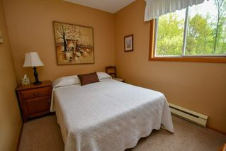 Photo 10: 141 Campbell Beach Road in Kawartha Lakes: Rural Carden House (1 1/2 Storey) for sale : MLS®# X4468019