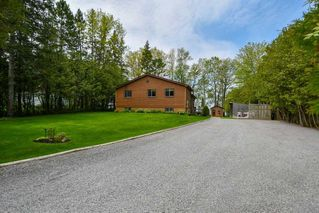 Photo 2: 141 Campbell Beach Road in Kawartha Lakes: Rural Carden House (1 1/2 Storey) for sale : MLS®# X4468019