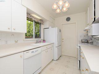 Photo 10: 3034 Larkdowne Rd in VICTORIA: OB Henderson Single Family Detached for sale (Oak Bay)  : MLS®# 817354