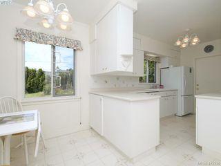 Photo 9: 3034 Larkdowne Rd in VICTORIA: OB Henderson Single Family Detached for sale (Oak Bay)  : MLS®# 817354