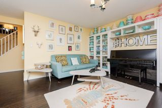 Photo 3: 1303 72 Street in Edmonton: Zone 53 House for sale : MLS®# E4162499