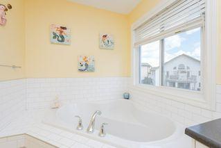 Photo 18: 1303 72 Street in Edmonton: Zone 53 House for sale : MLS®# E4162499
