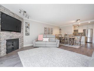 """Photo 3: 13 11502 BURNETT Street in Maple Ridge: East Central Townhouse for sale in """"TELOSKY VILLAGE"""" : MLS®# R2383815"""