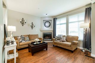 Photo 4: 57 20449 66 Avenue in Langley: Willoughby Heights Townhouse for sale : MLS®# R2383926