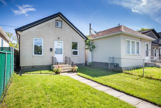 Photo 2: 1853 Elgin Avenue West in Winnipeg: Brooklands Residential for sale (5D)  : MLS®# 1918755