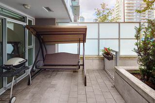 "Photo 2: TH 109 1618 QUEBEC Street in Vancouver: Mount Pleasant VE Townhouse for sale in ""CENTRAL"" (Vancouver East)  : MLS®# R2397770"